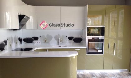 принт стъкла бели орхидеи кухня