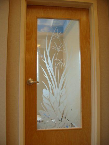 стъкло за врата