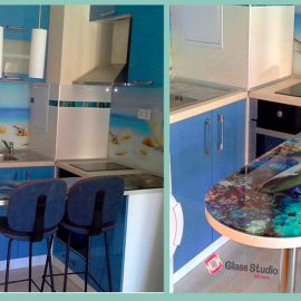 Синя Кухня с принт стъкло