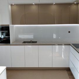бял мдф кухня боя